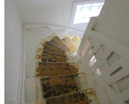 Gulvafslibning på trappe