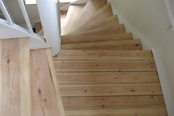 Slibning af trappe