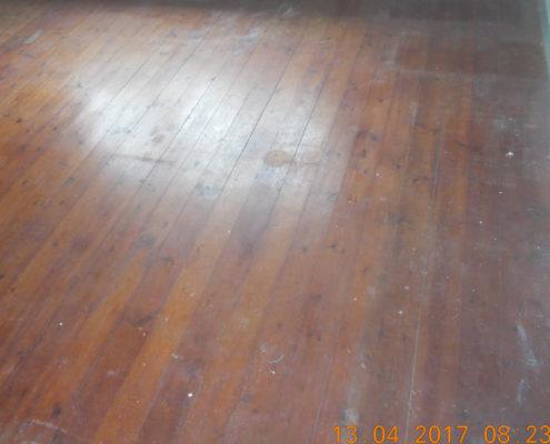 Fernis afhøvling gulv