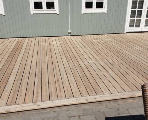 træ terrasse efter gulvafslibning